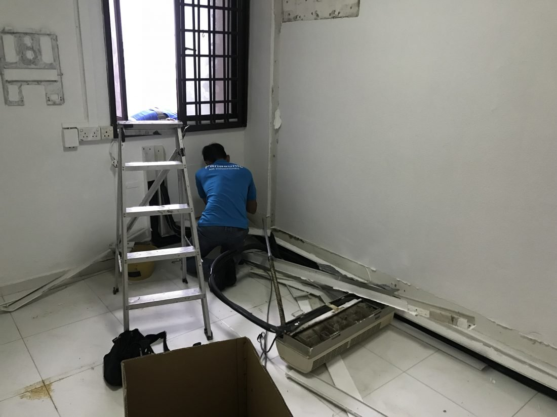installation of Mitsubishi 5 ticks Aircon
